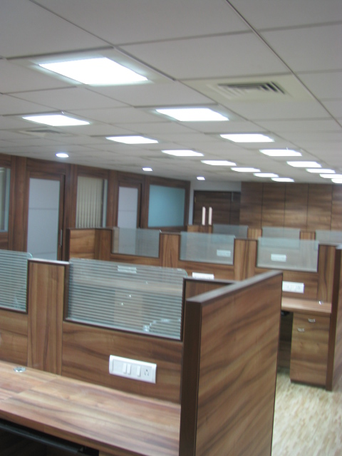 Commercial Interior Design - Work Stations P1Pic4